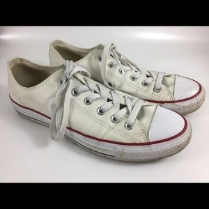 Converse Chuck Taylor Sneakers Low Top